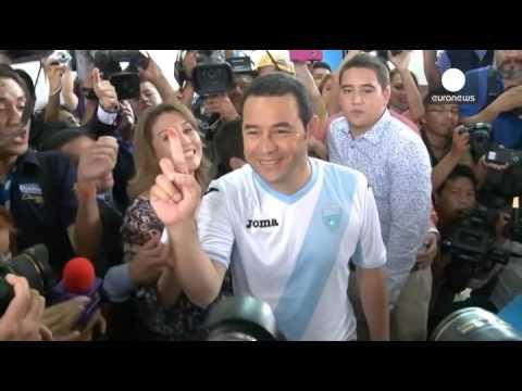 Γουατεμάλα: Ένας πρώην κωμικός στον προεδρικό θώκο