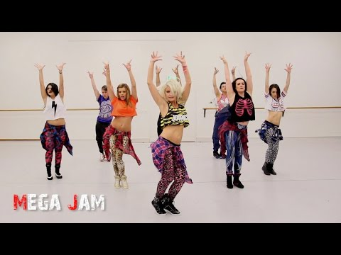choreography - We have been so entertained by the latest season of Rupaul's Drag Race that we needed to dance to, and have some crazy fun with this incredible track. Rupaul...