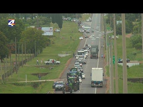 Productores rurales y comerciantes se movilizaron en Paysandú