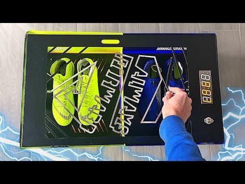 What's Inside this Big Mystery Nike Box ?! - Thời lượng: 8 phút, 8 giây.