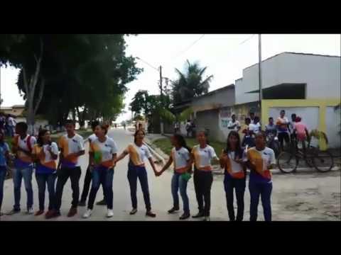 VIA41 - Alunos de escola em Porto Seguro cobram melhorias