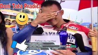"""Doni Tata Pradita Yamaha Indonesia Racing Team 2011Setelah Hengkang dari Kejuaraan Supersport World Championship 2009 yang hanya diikuiti oleh Doni Tata selama satu musim. Doni Tata terpaksa turun Kasta di Kejuaraan Asia Tahun 2010 - 2012 Doni membalap di kejuaraan nasional maupun kejuaraan asia bersama Yamaha Indonesia Racing Team di Kelas Supersport 600. Nyatanya di Kejuaraan Asia level pembalap sudah sangat kompetitif di kawasan asia, Doni Tata cukup kesulitan untuk merengkuh juara di setiap serinya. Puncak Klasemen masih dikuasai rider Jepang Malaysia dan Thailand, selain itu muncul juga pembalap muda berbakat lainnya asal Indonesia Ahmad Yudhistira, Dimas Ekky Pratama dan Rafid Topan Sucipto.Video SourceOfficial Facebook ASIA ROAD RACING CHAMPIONSHIP https://www.facebook.com/AsiaRoadRacing/?ref=page_internal♫ Backsound VideoHeuse  Zeus x Crona  Pill feat Emma Sameth NCS Release------------------------------Terimakasih Sudah Menyaksikan! Thanks For Watching! Channel ini berisi berita Informasi Seputar Dunia Balap Grand Prix serta Klip / Video Para Pembalap Indonesia di kancah internasional.Jangan Lupa untuk:1. Like2. SUBSCRIBE3. Share4. CommentTerimakasih yang sudah Berkunjung dan Subscribe berlangganan channel saluran ini.Mohon maaf jika masih banyak kekurangan.Follow HereSubscribehttp://www.youtube.com/c/GPManiaIndonesiaTwitterhttps://twitter.com/GPManiaIndoFacebookhttps://www.facebook.com/gpmaniaindonesiaG+https://plus.google.com/u/0/116450608444653656711====================COPYRIGHT NOTICE CLAIMSPlease if you have any issue with the content used in my channel or you find something that belongs to you, before you claim it to youtube SEND ME A MESSAGE and i will DELETE it right away , I have WORKED REALLY HARD for this channel and i can't start all over again , Thanks for understanding """"Copyright Disclaimer""""Under Section 107 of the Copyright Act 1976, allowance is made for """"fair use"""" for purposes such as criticism, comment, news reporting, teaching, scholarshi"""