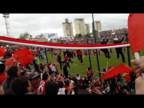 La Hinchada en Quilmes - Los Leales - Estudiantes de La Plata
