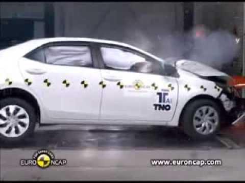 ทดสอบการชน All New Toyota Corolla Altis 2014 ใหม่ กับความปลอดภัยระดับ 5 ดาว