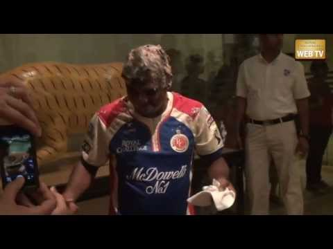 Muttiah Muralitharan's birthday celebration