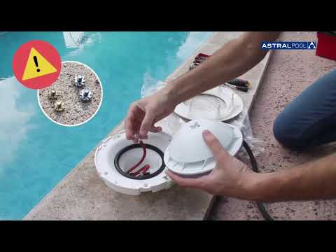 TUTORIAL ¿Cómo substituir una lámpara de piscina LumiPlus AstralPool?