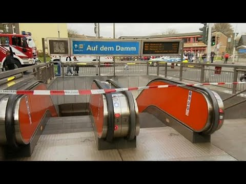 Duisburg: Unfall im U-Bahn-Tunnel - mindestens 35 V ...
