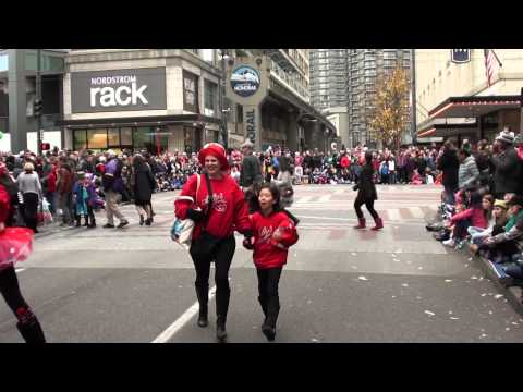 2013 Macy's Holiday Parade Featuring Salty's Nutcrackers