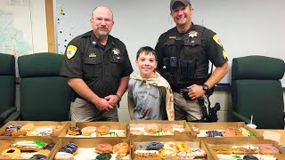 Boy Travels Across the Country Serving Doughnuts to Police Officers