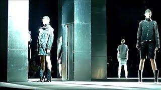 La Fashion Week De New York étrenne Ses Habits Neufs Les Pieds Dans La Neige