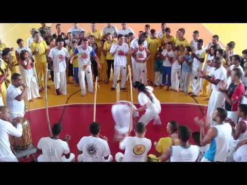 Capoeira ACACB Mestre Marrom de Betim em Catas Altas -_ Entrega de Corda 4_ 01/05/2016