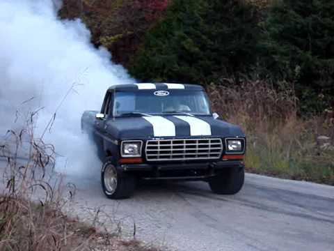 1979 Ford F-150 Burnout