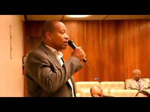 Presidente da APPMBA, SGT PM Roque Santos, discursa durante evento em Brasília
