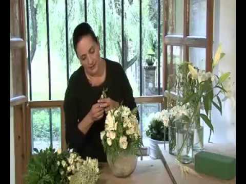 arreglos de primera comunión - Recuerda, soy Alejandra Coghlan y estás en mi casa que es tu casa. Me puedes encontrar en: Suscríbete aqui: http://bit.ly/XxX3WE Google+: http://bit.ly/1bL0D...