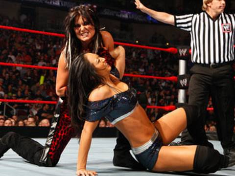 WWE Superstars: Gail Kim vs. Katie Lea