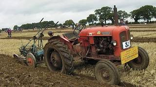 Download Lagu Nuffield 2.6 Litre 3-Cyl Diesel Tractor With Ransomes Plough Mp3