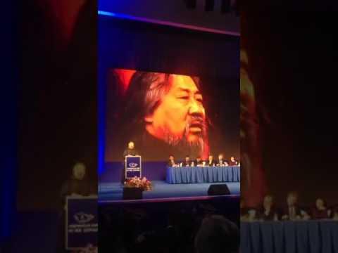 Бичлэг: Төрийн соёрхолт Д.Сосорбарам  хар дарж зүүдэлжээ