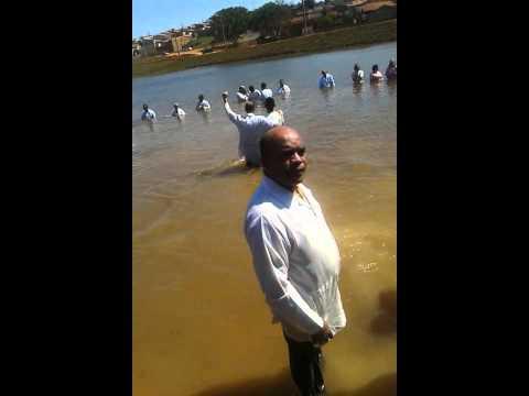 Grande batismo em guapiaçu da igreja Deus e Amor