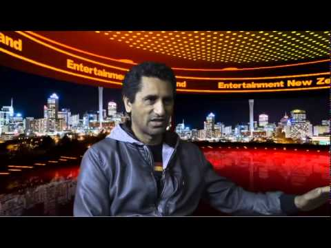 , title : 'Interview   Cliff Curtis'