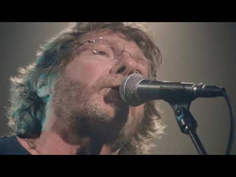 Sam Bush Transcendental Meditation Blues Video Premiere - Relix