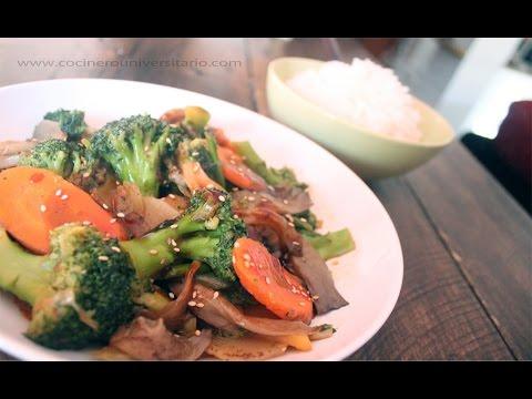 Wok de Verduras con salsa de ostras