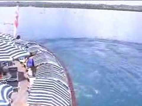 Leaving Zanzibar on the MS Royal Star