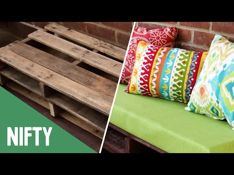 Outdoor Furniture For Days With Friends (видео)