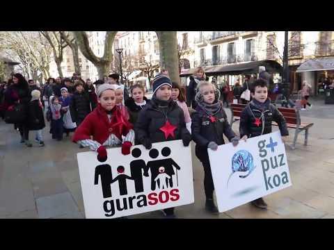 19/01/04 Hitzartu plana Foru Aldundiaren esku uzteko GuraSOS-en desfilea