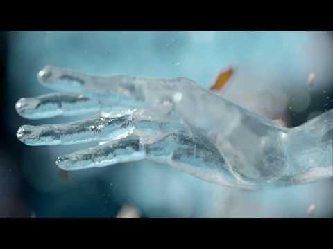 Vídeos de 'La DGT presenta 'El hombre de cristal', su nueva campaña para Semana Santa'