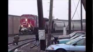 Video Rochelle IL in 1997 : C&NW + BN before the Railroad Park MP3, 3GP, MP4, WEBM, AVI, FLV Oktober 2018