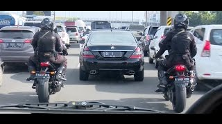 Video Salut! Konvoi Santun Presiden Jokowi & Para Pengawalnya MP3, 3GP, MP4, WEBM, AVI, FLV Juli 2018