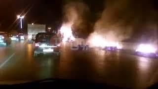 شاهد بالفيديو..احتراق شاحنة من نوع سوناكوم k120 على مستوى #بوفاريك  تحمل التبن..