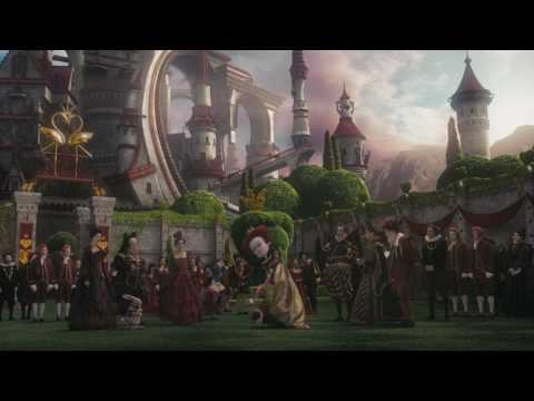 Alice in Wonderland (Featurette 'Strange World')