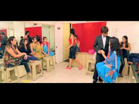 Video Poor Hearts Of Gold - Benny And Babloo - Kay Kay Menon - Rajpal Yadav download in MP3, 3GP, MP4, WEBM, AVI, FLV January 2017