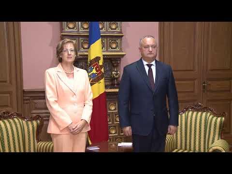Igor Dodon a avut o întrevedere cu Julia Monar în legătură cu încheierea mandatului de ambasador în țara noastră