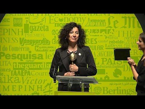 Η Ιταλίδα γελοιογράφος Nardi νικήτρια στο World Press Cartoon