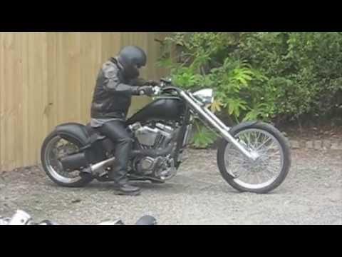 Chopper Harley Burnouts, Bobbers, AC DC