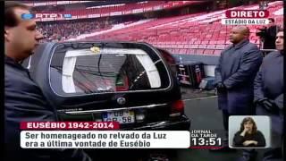 Benfica-Fans erweisen Eusebio letzte Ehre