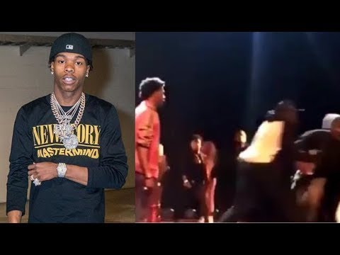 Lil Baby Assults Fan Who Jump On Stage !!