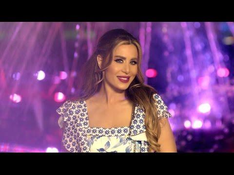 """شاهد- فيفيان مراد تدعم السياحة في مصر بأغنيها  """"مصر عظيمة"""""""