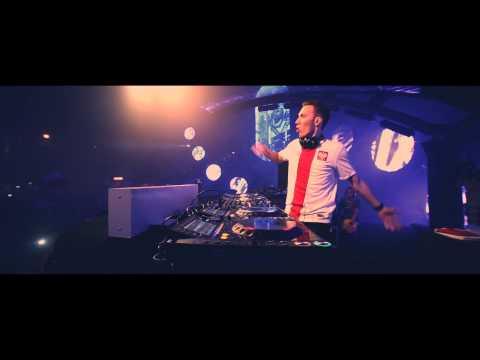 Tom Swoon feat. Ruby Prophet - Savior