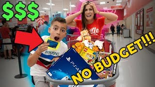 8 Year Old Takes Parents Credit Card   No Budget At Mall     The Royalty Family