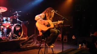 John Corabi (Motley Crue): Misunderstood acoutic Video