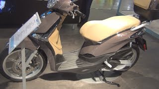 10. Piaggio New Liberty 125 (2017) Exterior and Interior
