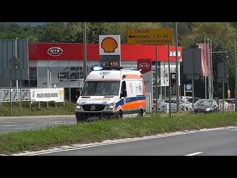 [FSV-AS 380] Mercedes-Benz Sprinter 318Cdi - Polskiego Czerwonego Krzyża z transportem sanitarnym.