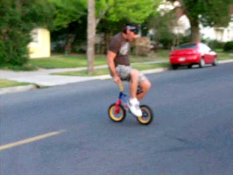 JANKYNUTZ BMX bike trick, riding bike backwords joel chorniak