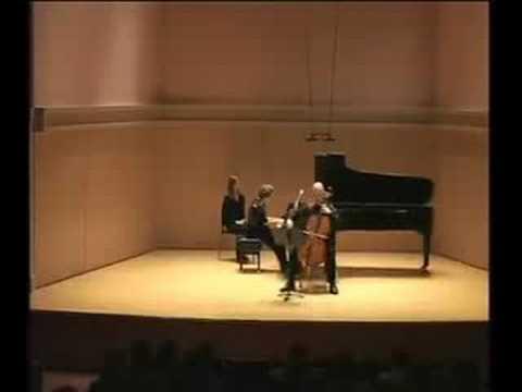 Elliott Carter: Sonata for Cello and Piano