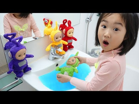 Boram Playing with Teletubbies