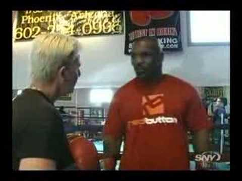 Peek a Boo - Mike Tyson to Umrah (Mekka) http://www.youtube.com/watch?v=UDP-1hEgDbI Tyson gives a peek a boo lesson. Check also a interview from the great Muhammad Ali: h...