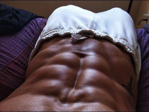 练出性感肌肉吗?国外健身达人教你3个月变身肌肉男!!(无需器材)